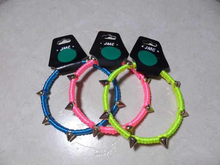 pulseiras coloridas spikes
