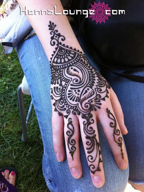 Desenhos indianos em henna belle diva for India diva futura