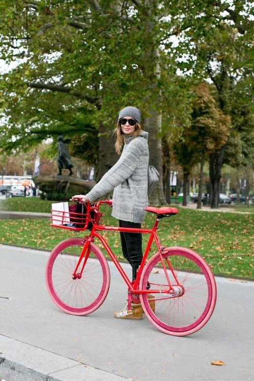 bike rosa com vermelho