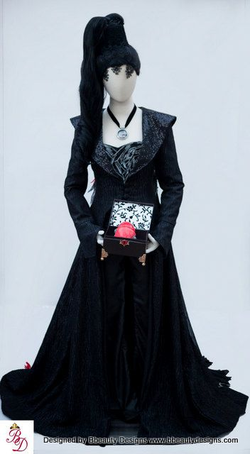 regina vestido preto menor