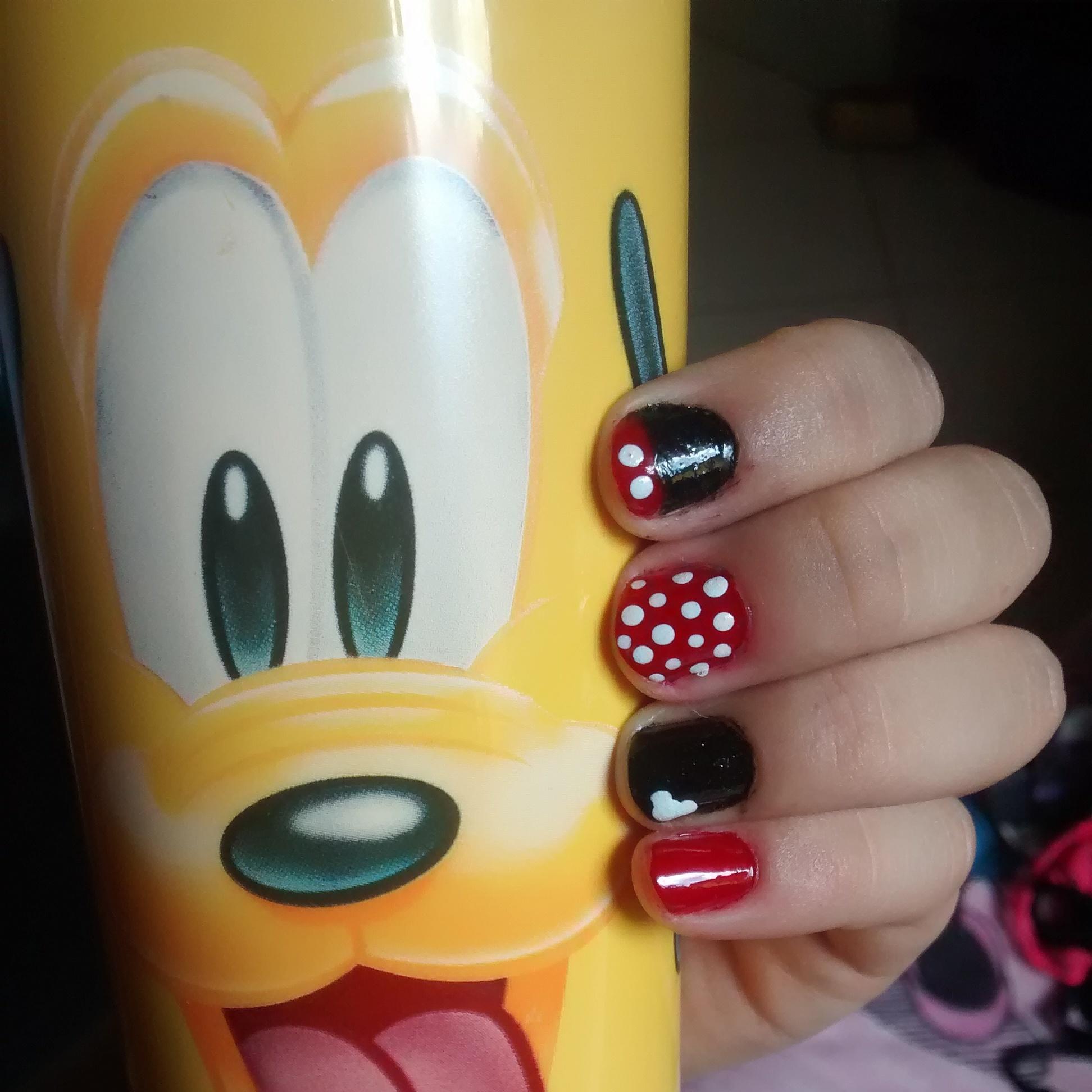 unha-mickey-mouse